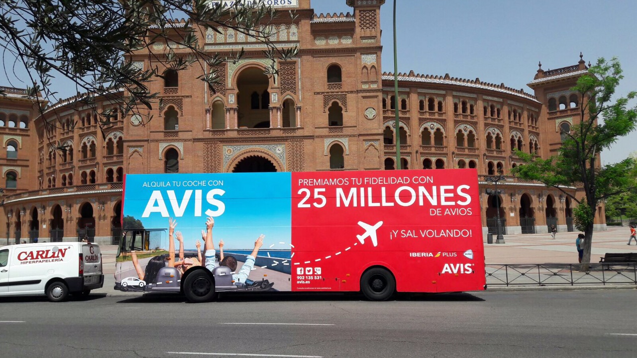 AVIS - BUS VALLA O INGLES