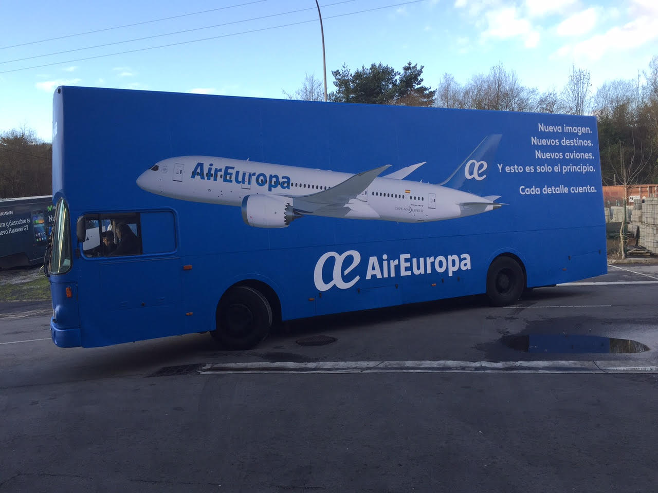 AIR EUROPA - BUS VALLA INGLES