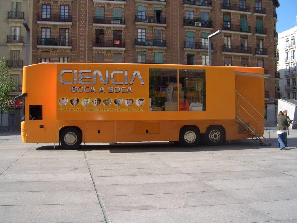 Autobus de Petacas Ciencia