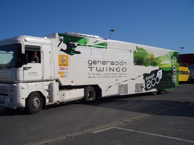 Camiones Publiciarios Renault Twingo